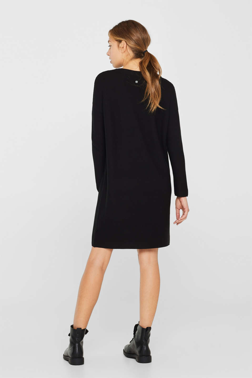 Knit dress with a ribbed texture, BLACK, detail image number 2