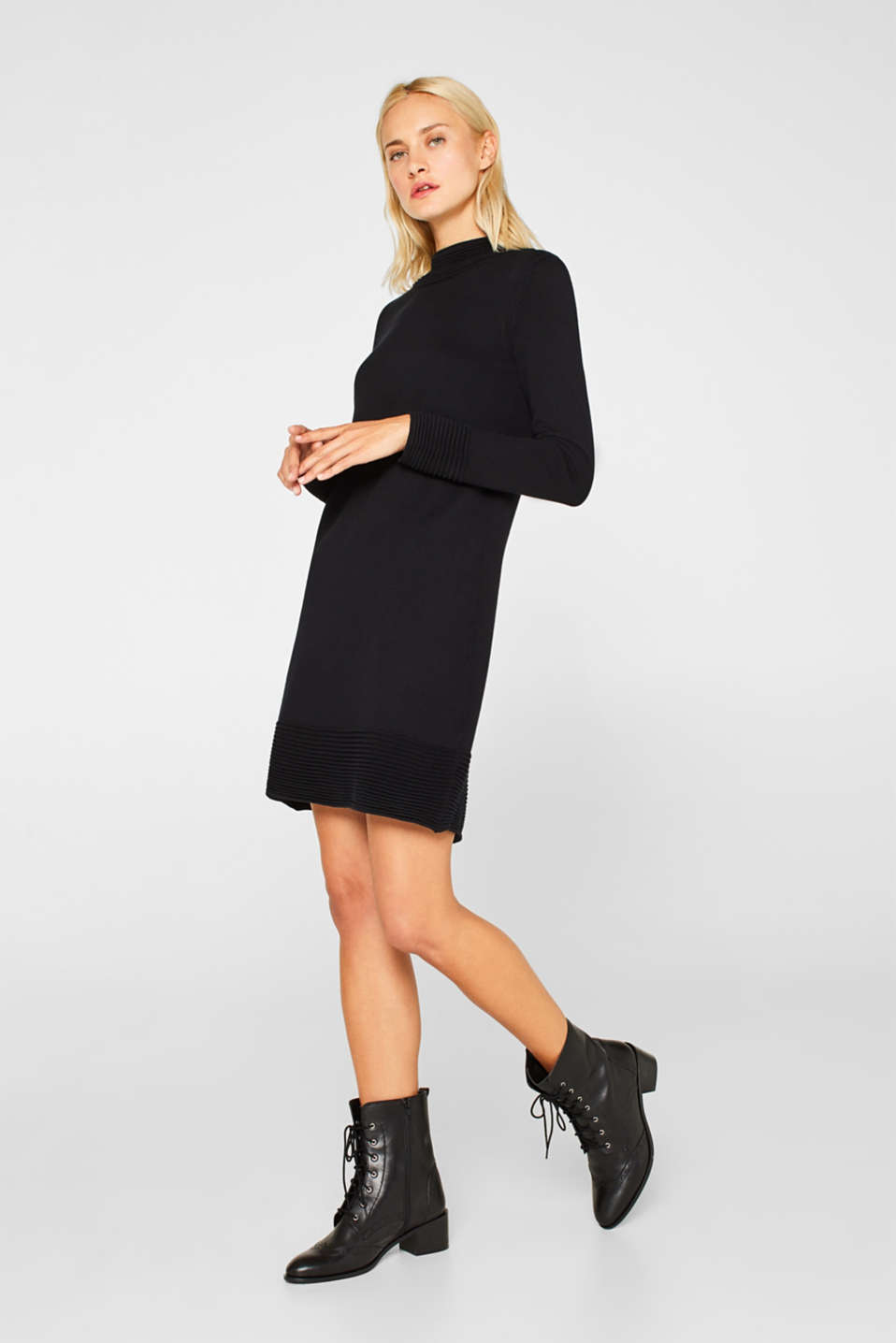 Knit dress with pintucks, BLACK, detail