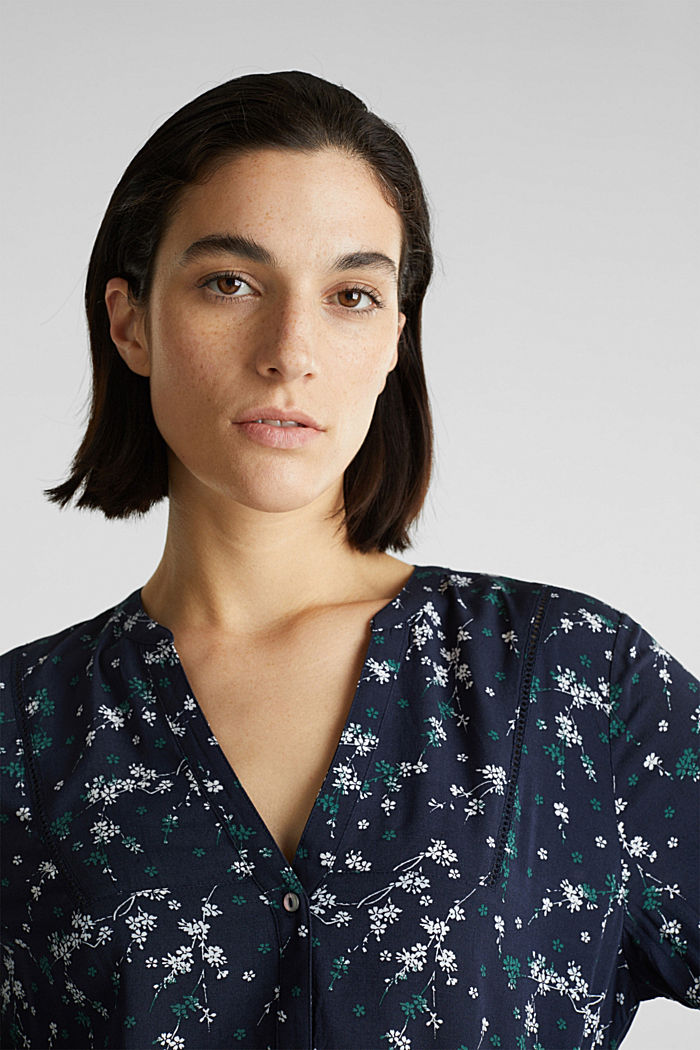 Print blouse with LENZING™ ECOVERO™, NAVY, detail image number 5