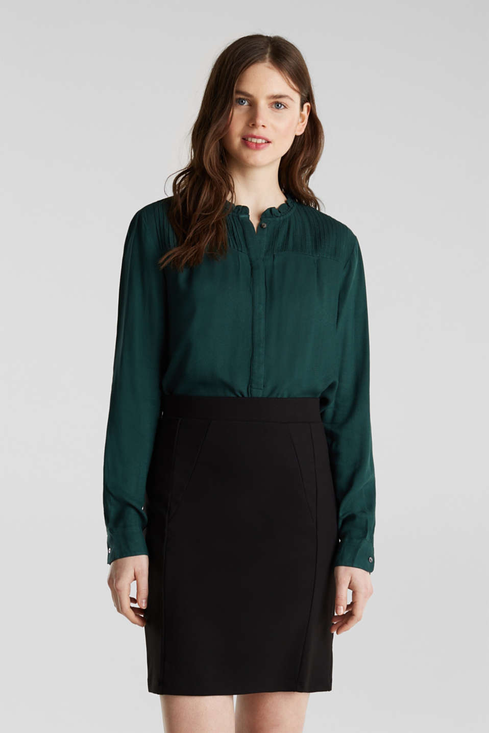 Esprit - Crêpe blouse with pintucks