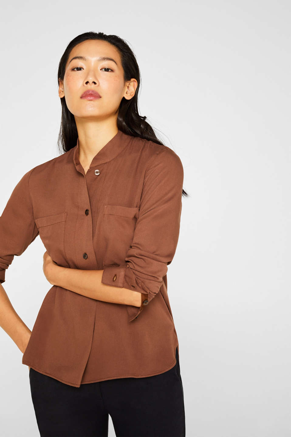 Esprit - Slip-on blouse with a band collar