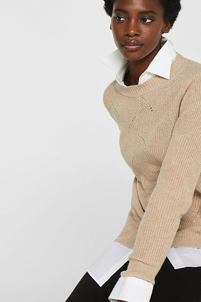 With wool: Jumper with a textured pattern, LIGHT BEIGE, detail image number 4