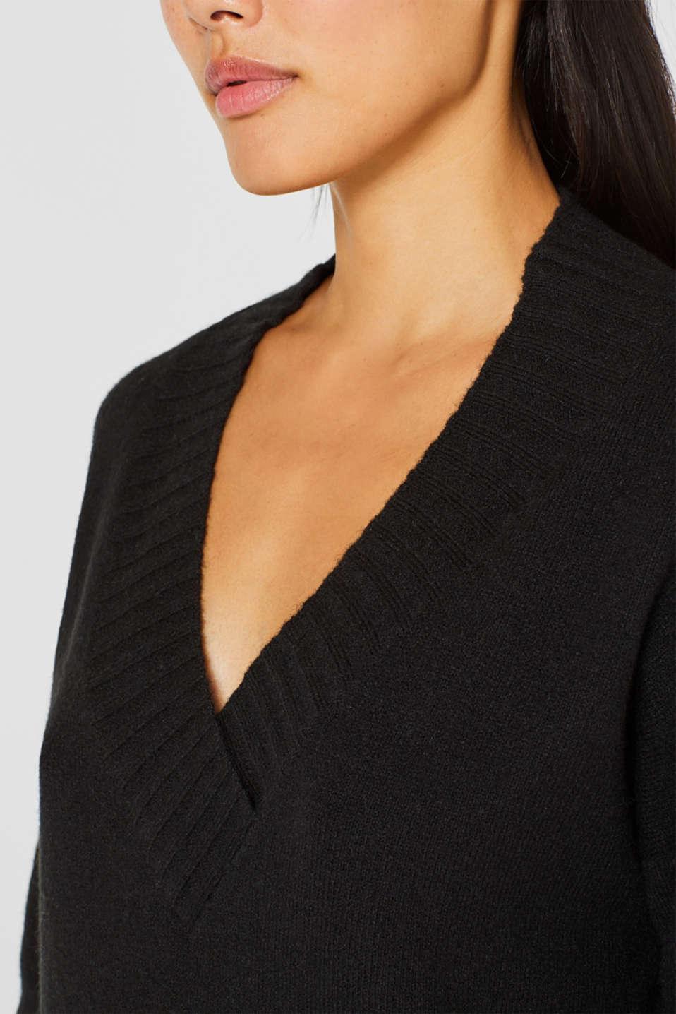 Wool/alpaca blend: V-neck jumper, BLACK, detail image number 2