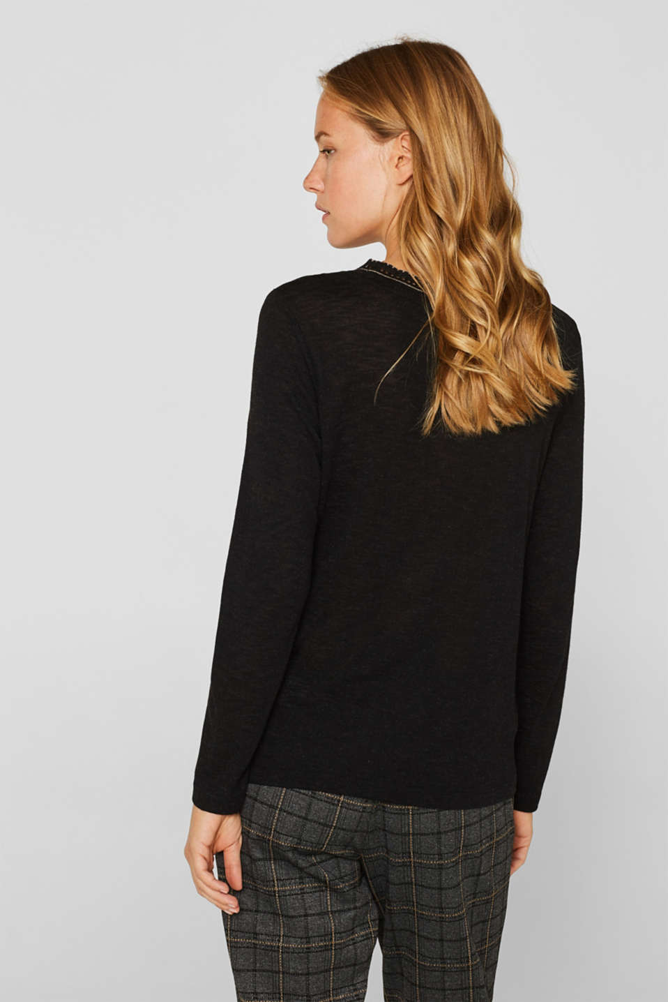 Textured long sleeve top with a crocheted collar, BLACK, detail image number 3