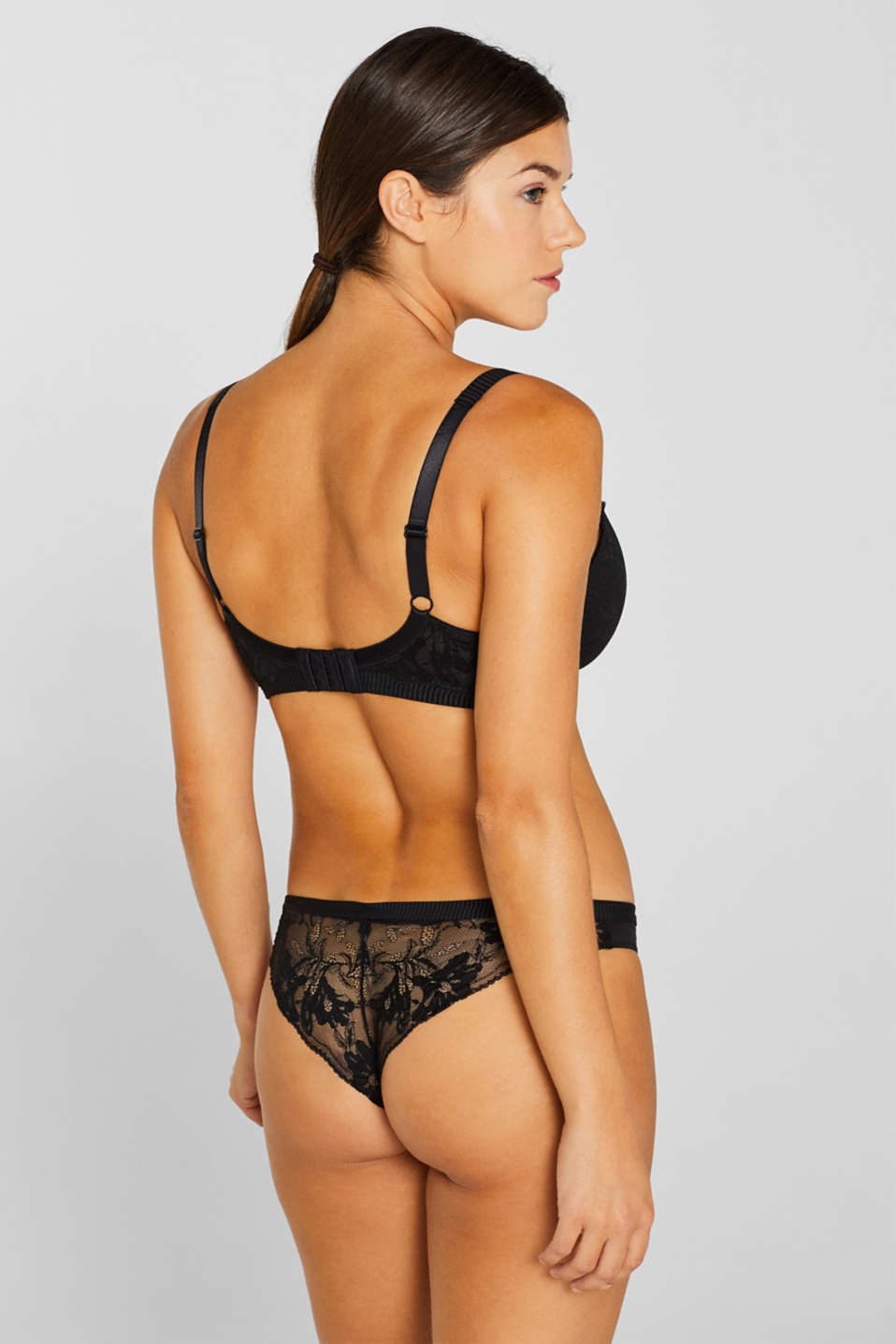 Padded lace bra for larger cup sizes, BLACK, detail image number 1