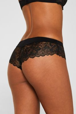 Hipster shorts made of fine lace