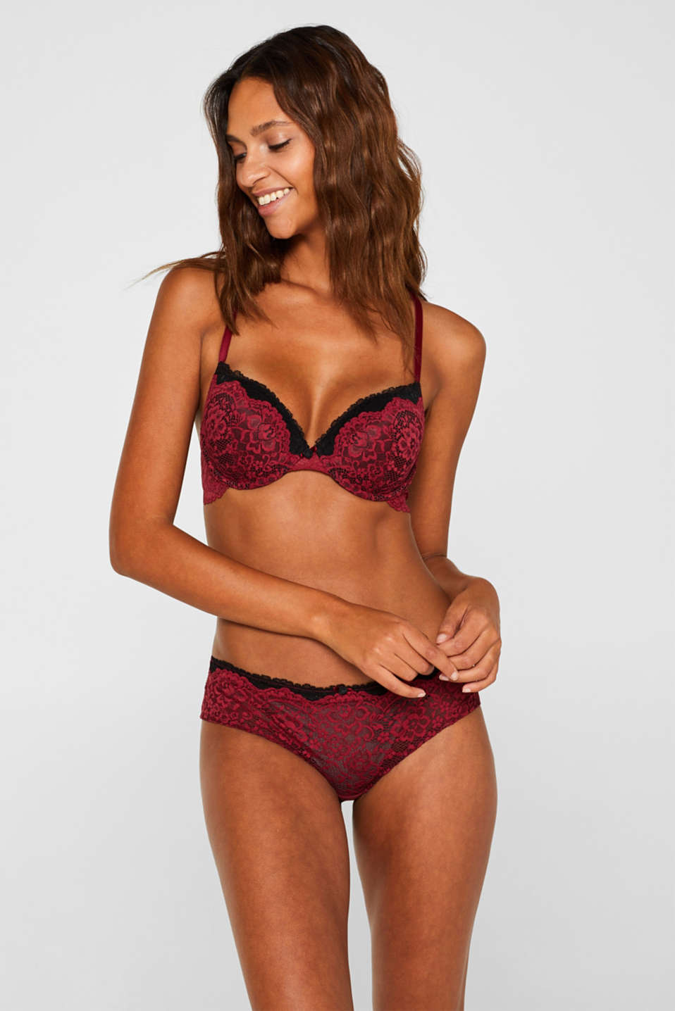 Padded underwire bra made of two-tone lace, DARK RED, detail image number 0