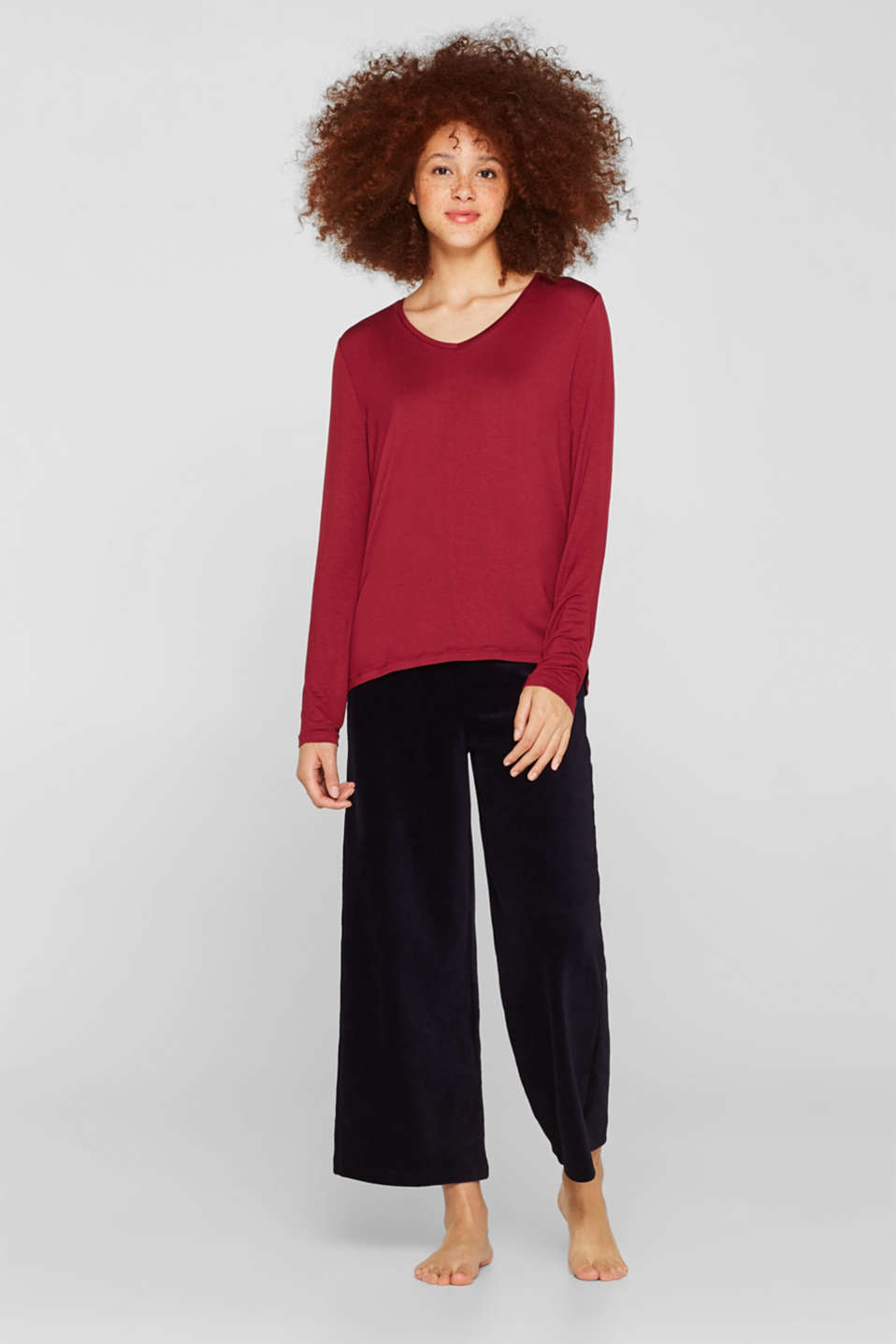 Esprit - Stretch long sleeve top with a lace trim