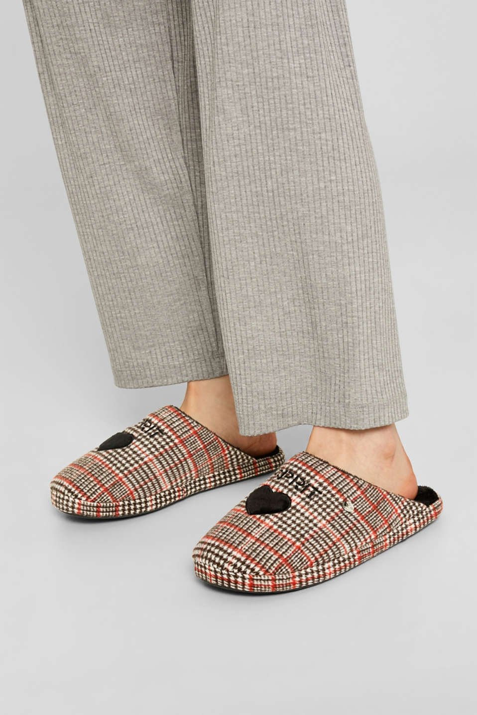 Slippers with a check pattern, RED, detail image number 5