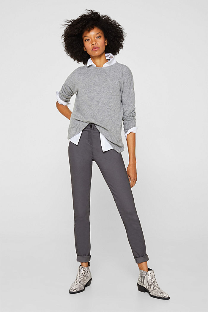 Soft, high-waisted stretch trousers
