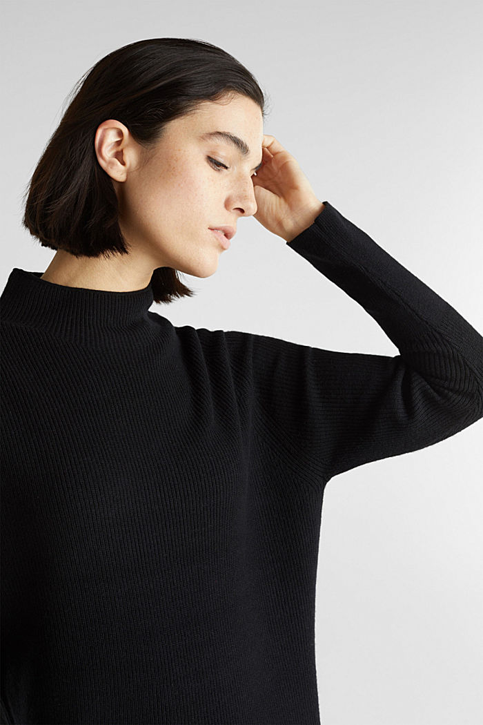 Knitted dress with cashmere