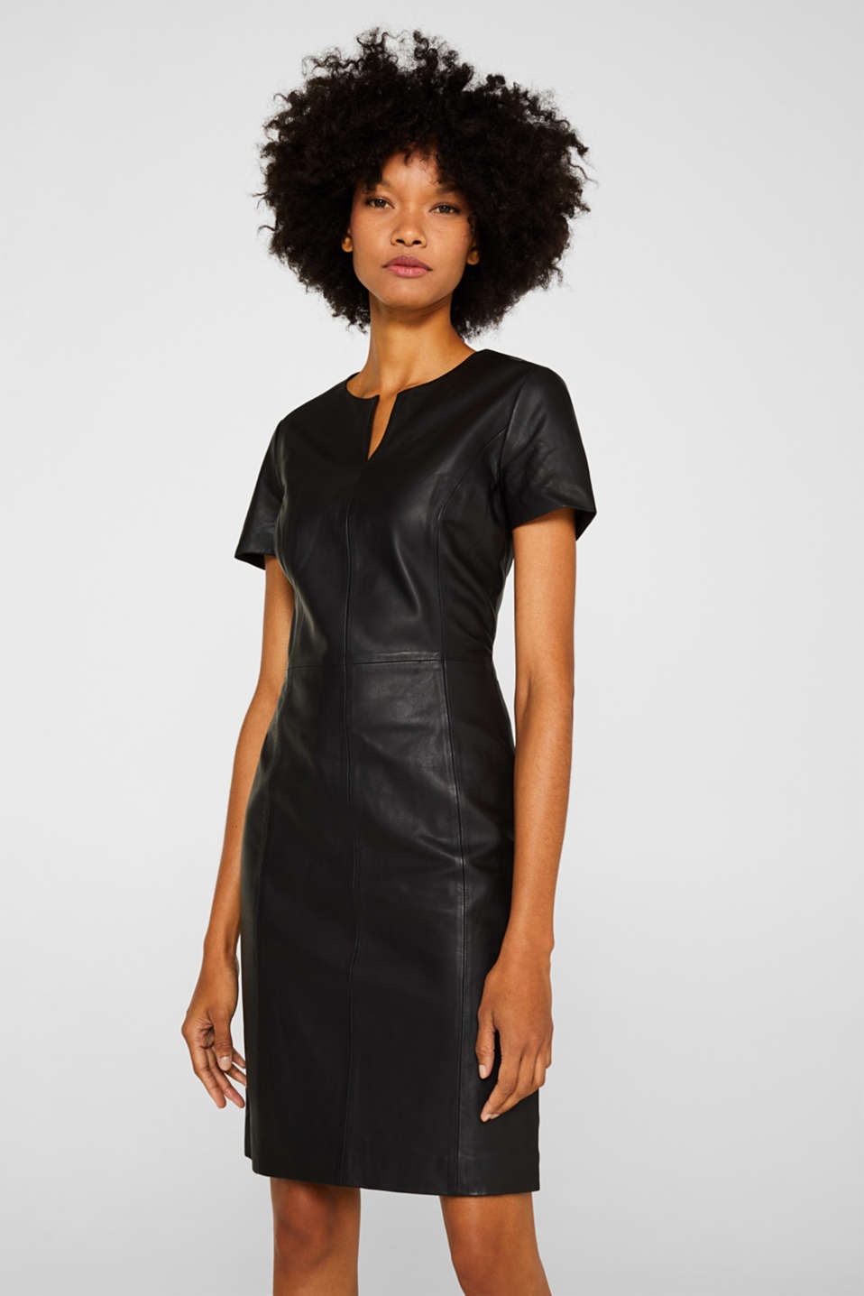 Made of lamb leather: Sheath-style dress