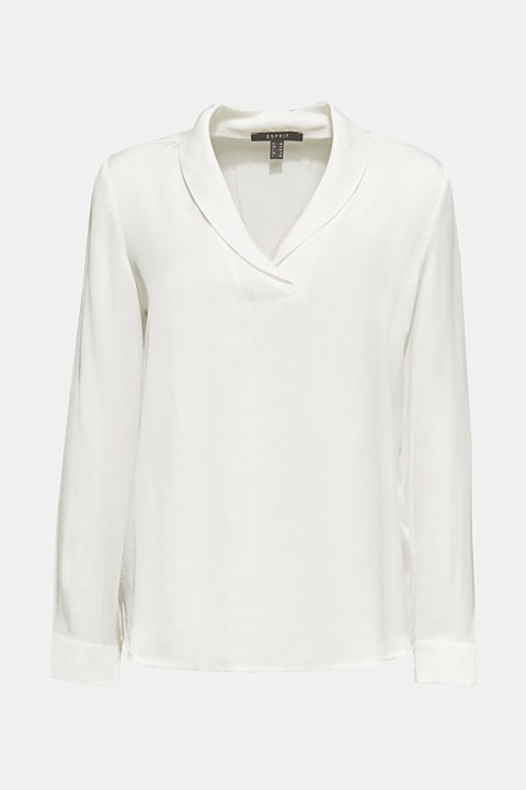 Textured blouse with a shawl collar