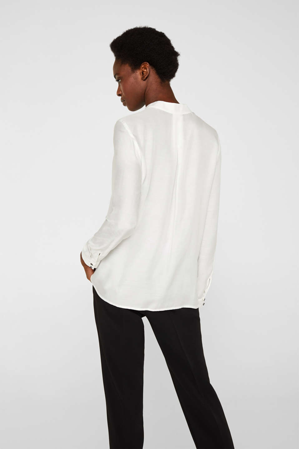 With silk: blouse with a stand-up collar, OFF WHITE, detail image number 3