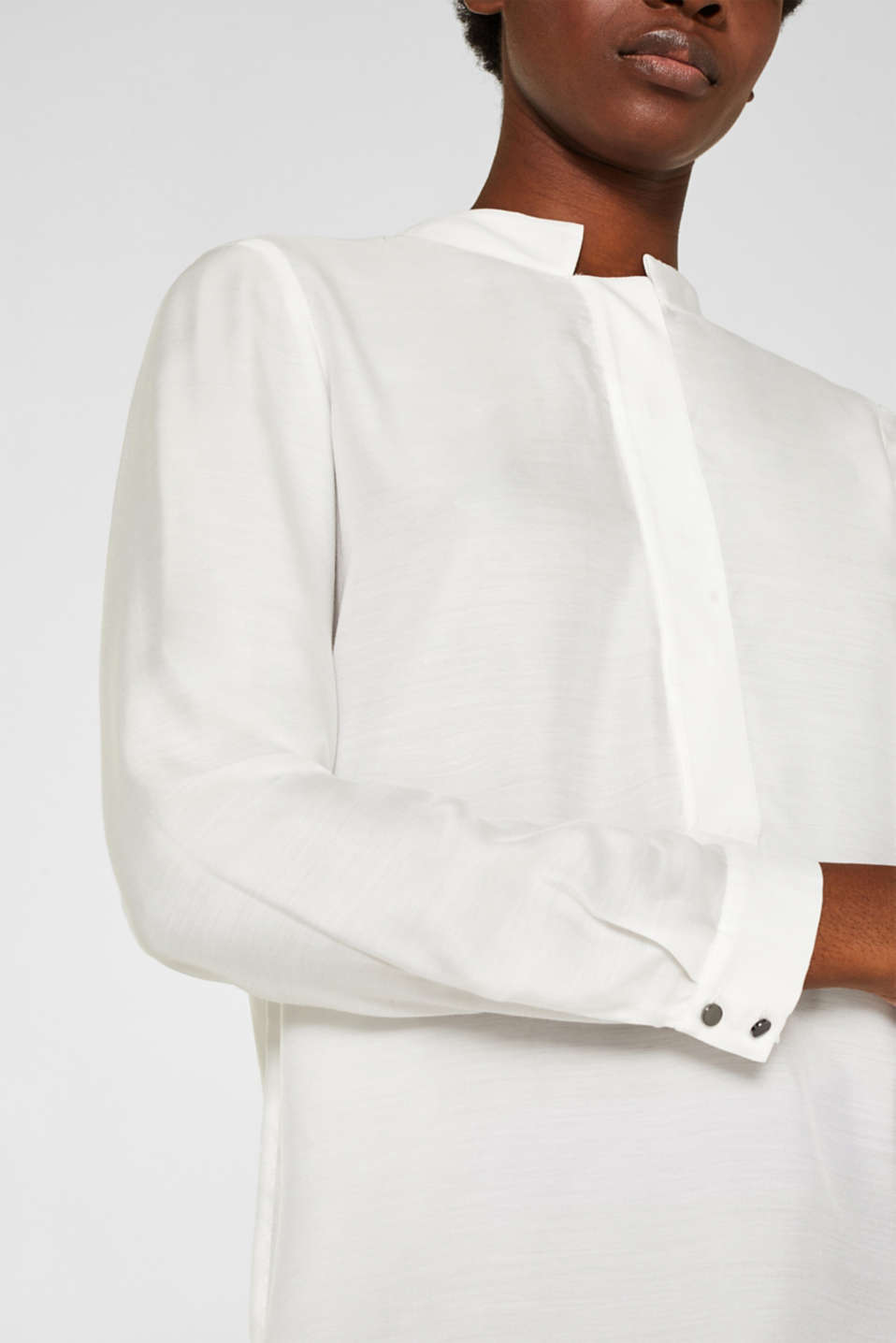 With silk: blouse with a stand-up collar, OFF WHITE, detail image number 2