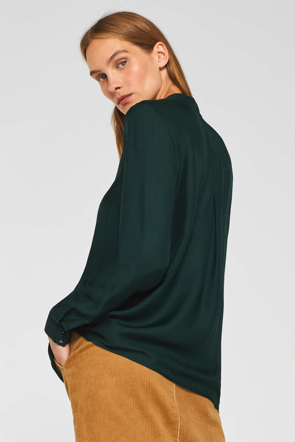 With silk: blouse with a stand-up collar, DARK TEAL GREEN, detail image number 3