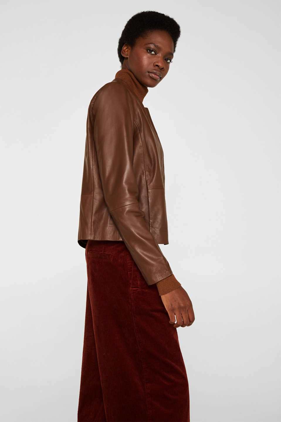 Made of leather: feminine jacket, CARAMEL, detail image number 5