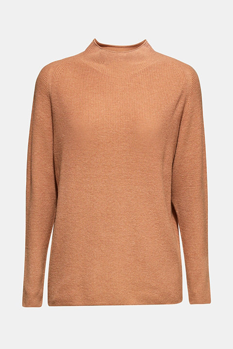 Jumper with cashmere and a ribbed texture