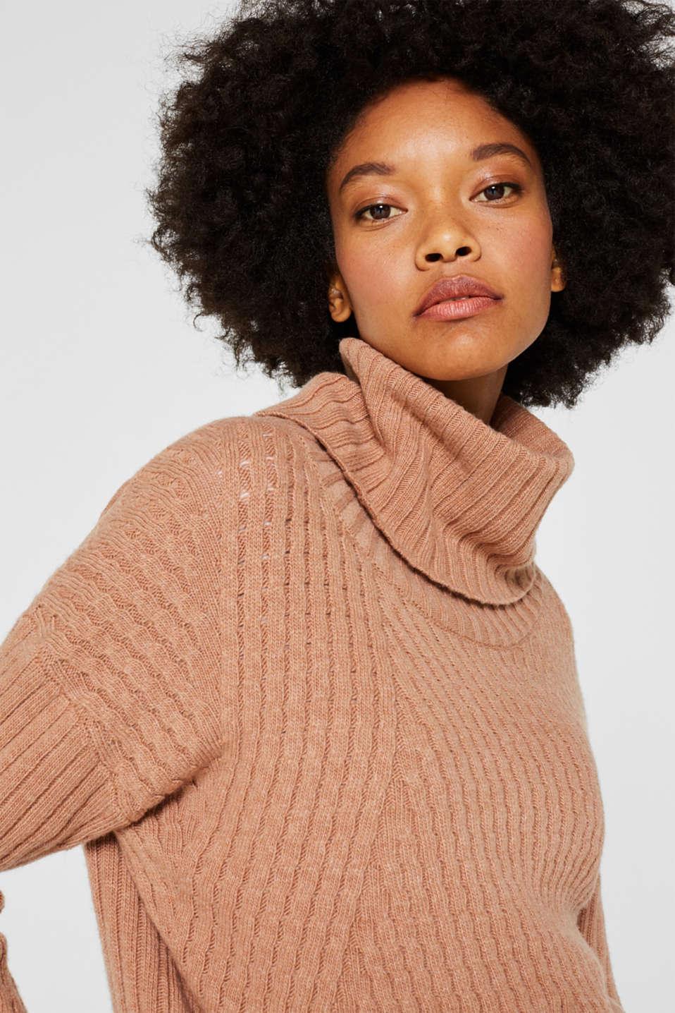 Cashmere blend: textured polo neck jumper, CARAMEL 5, detail image number 6