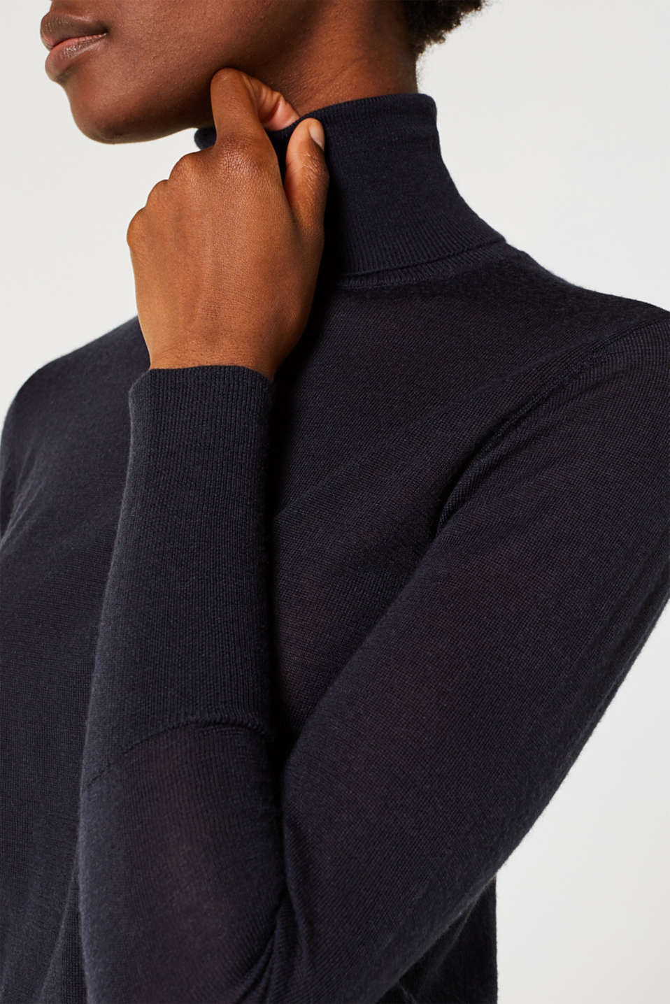 With merino wool: polo neck jumper, NAVY, detail image number 2