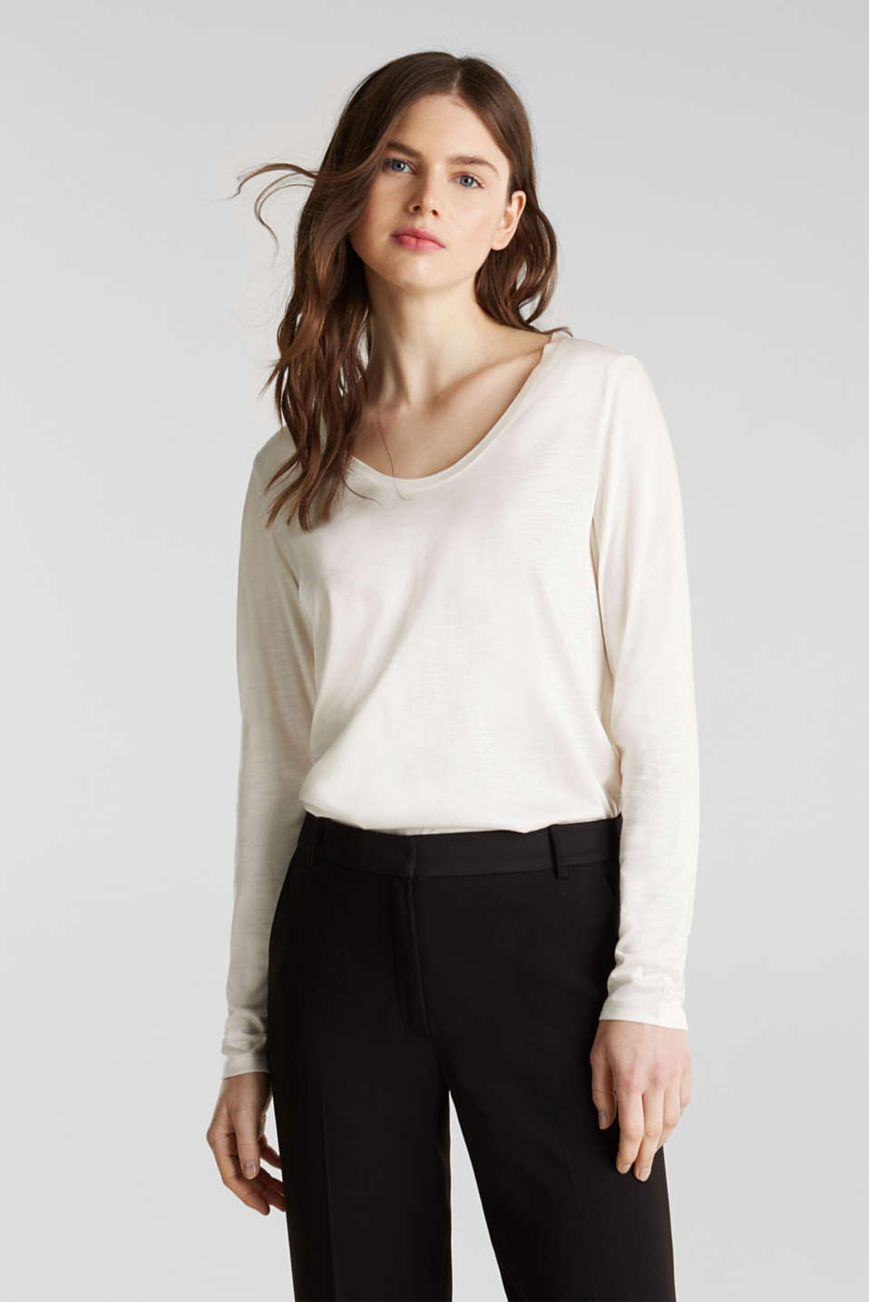 Esprit - Long sleeve top with a fine sheen