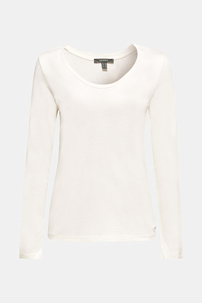 Long sleeve top with a fine sheen