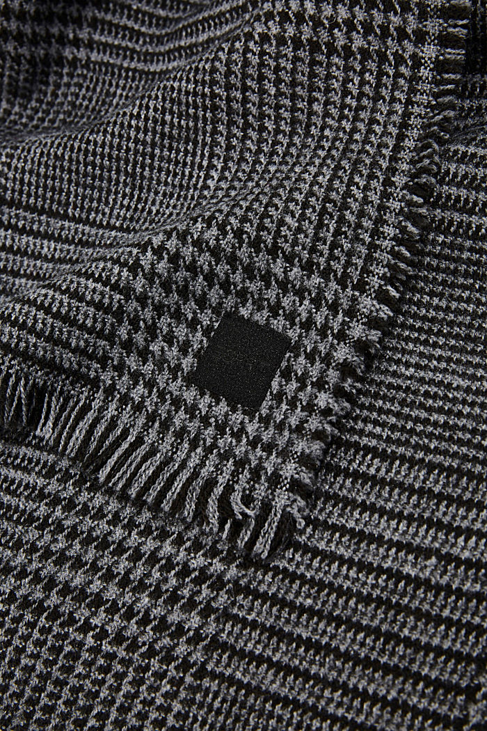 Recycled woven scarf with a houndstooth pattern, BLACK, detail image number 2