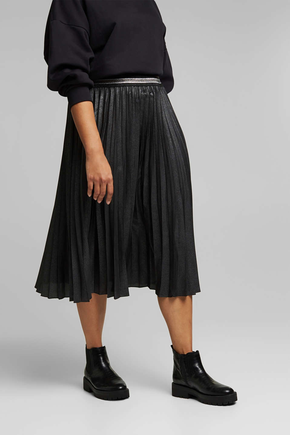 Esprit - CURVY pleated skirt with glitter, recycled