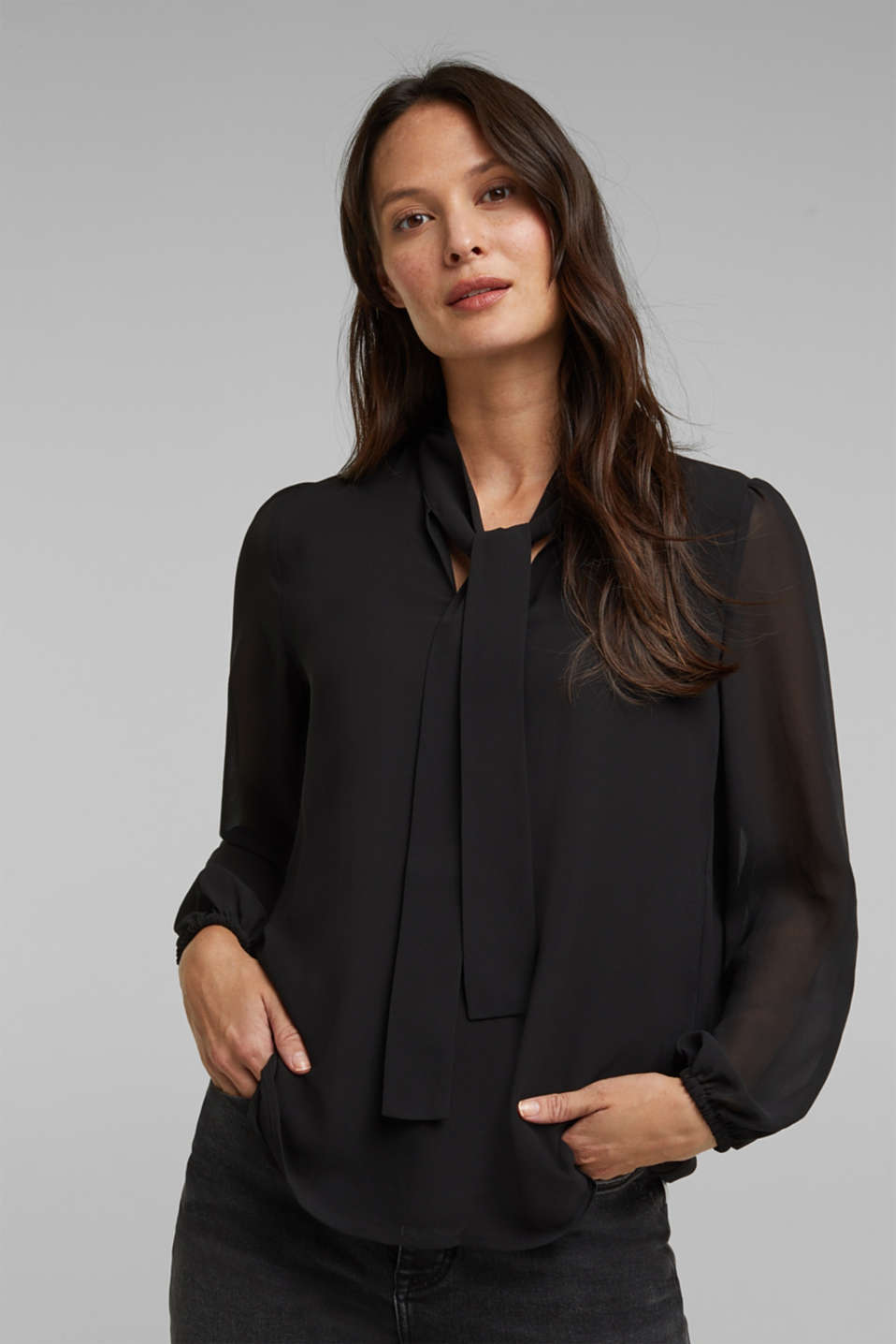 Esprit - Recycled: chiffon pussycat bow blouse