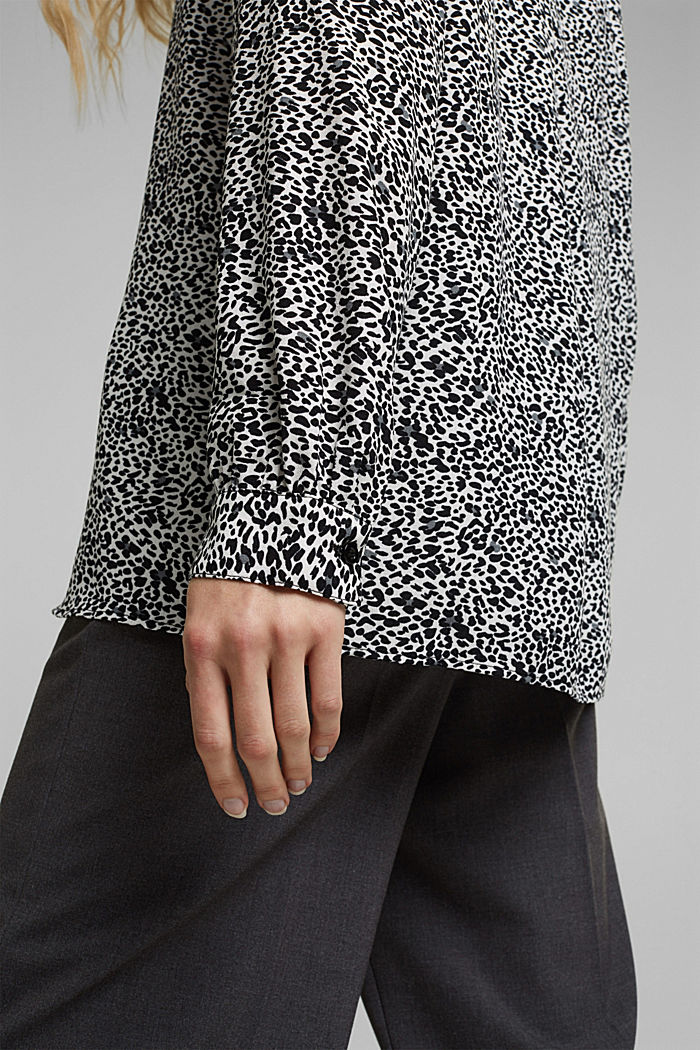 Crêpe blouse with an animal print, OFF WHITE, detail image number 2