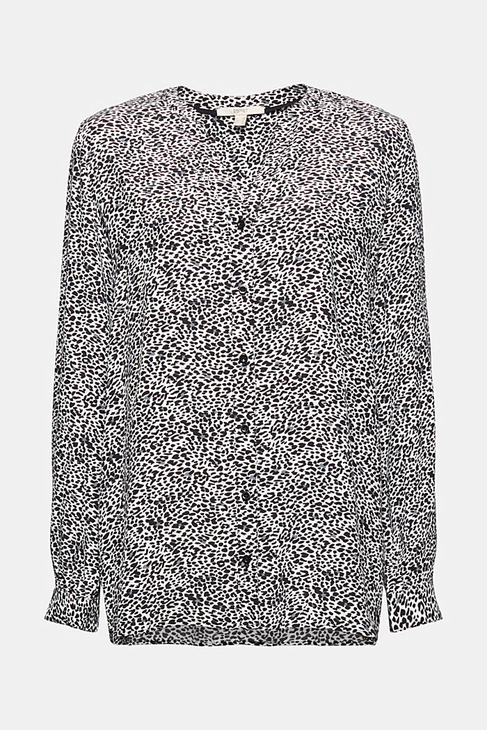 Crêpe blouse with an animal print
