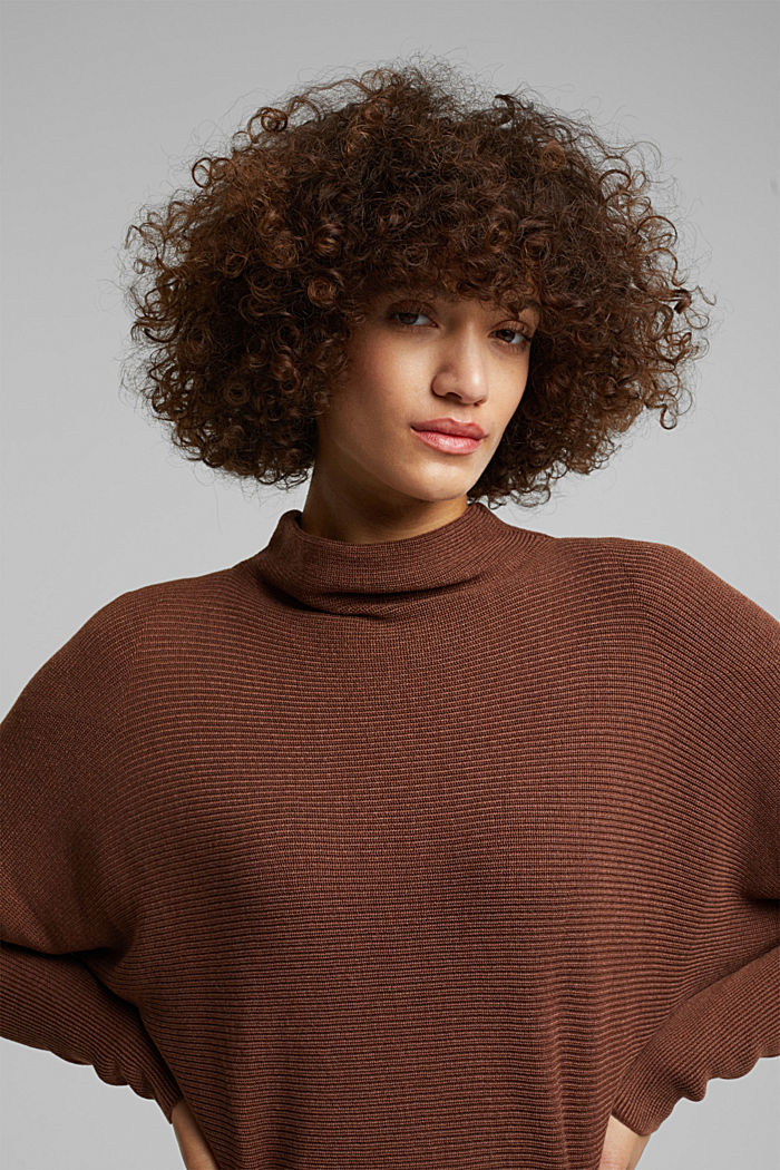 Jumper with batwing sleeves, BROWN, detail image number 5
