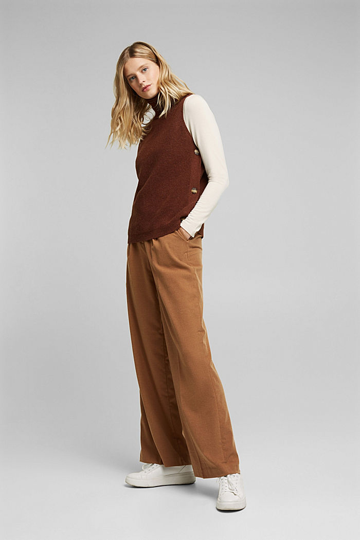 With alpaca: sleeveless jumper containing organic cotton, BROWN, detail image number 1