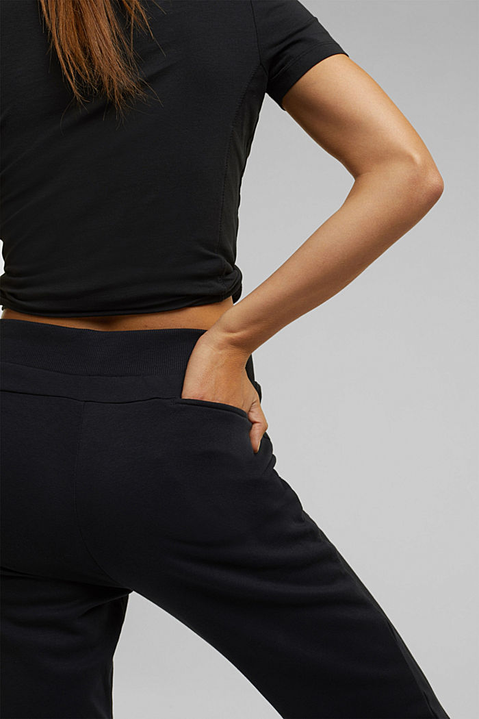 Sweatshirt tracksuit bottoms made of organic cotton, BLACK, detail image number 5