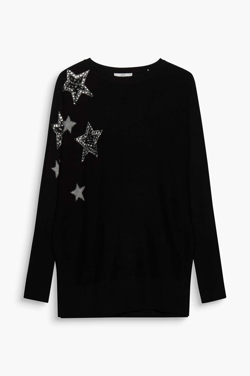 This jumper with intarsia decorated with beads and sequins presents even more stars on the knitwear sky!