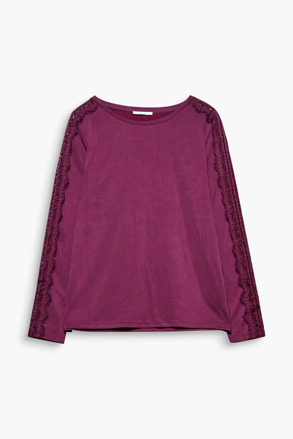 A silky smooth touch and the silk trimmed sleeves give this long sleeve top an exquisite note.