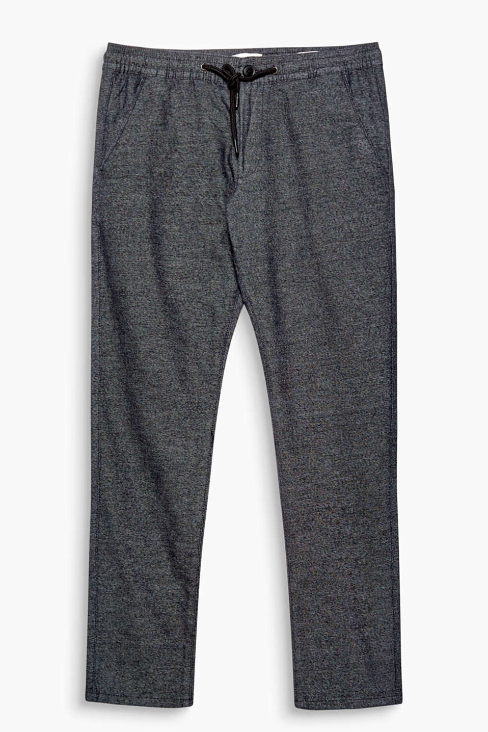 The trend of the season: Tracksuit bottoms! This design features a melange twill texture.