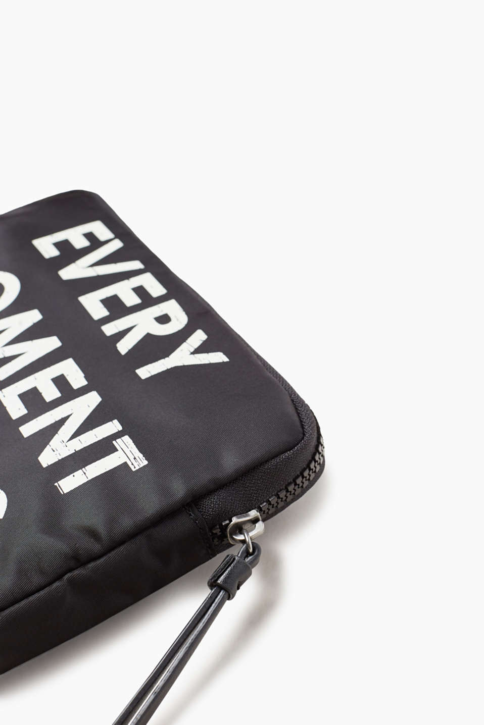 Zip-Pouch mit Statement, aus Nylon