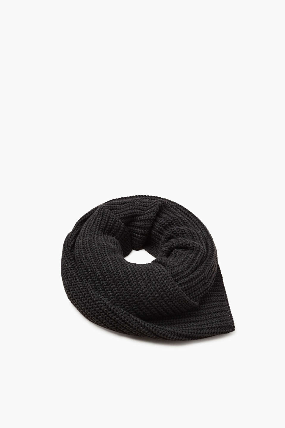 Esprit - XL scarf in a classic knit pattern