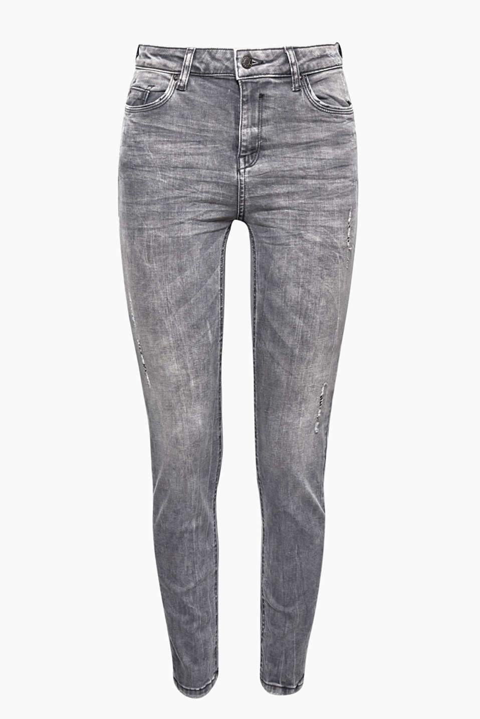 These skinny jeans with added stretch for comfort and vintage effects is a real denim highlight.