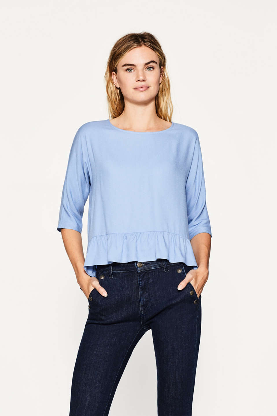 Esprit - Flowing boxy blouse with a peplum