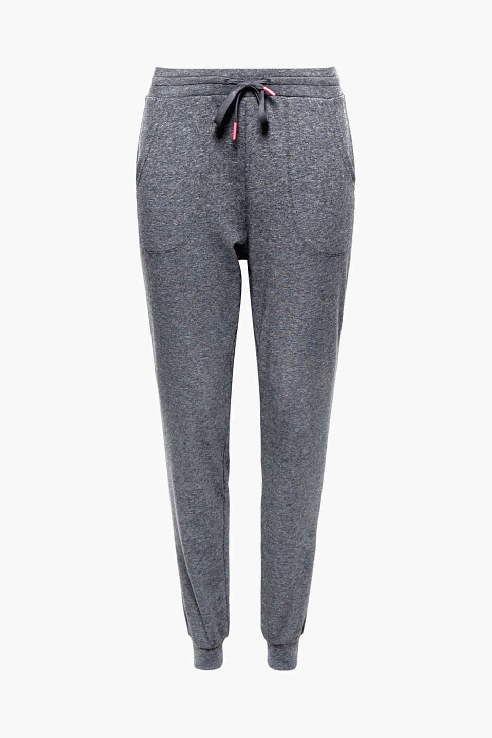 Sportswear with a shot of glamour: these tracksuit bottoms with hem edge is finished in a glittering jersey!