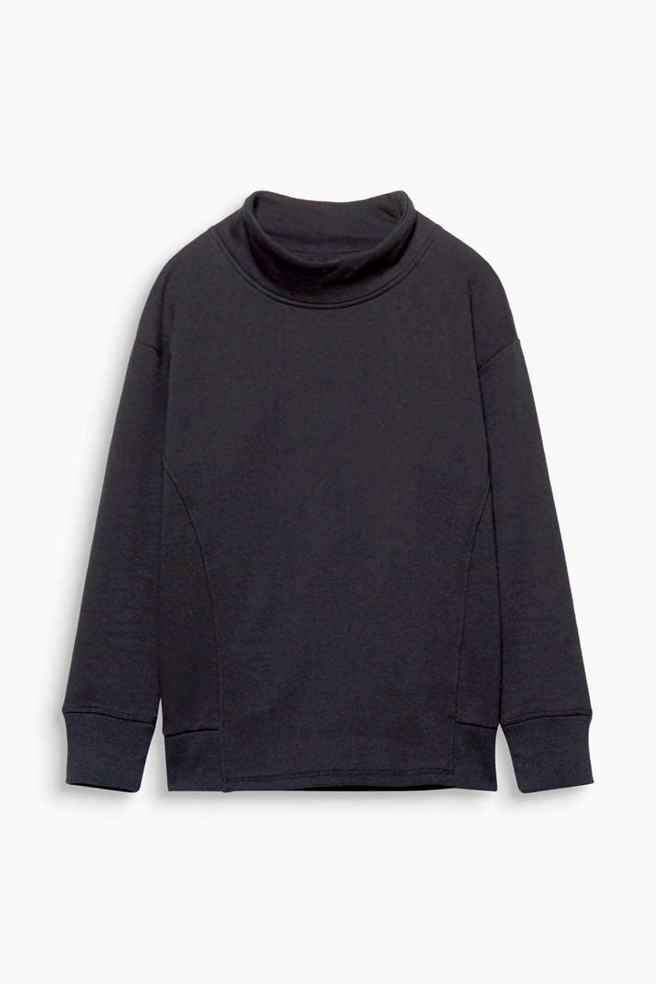 For inside or outside: This sweatshirt with a wide turtleneck and a napped interior is a favourite!