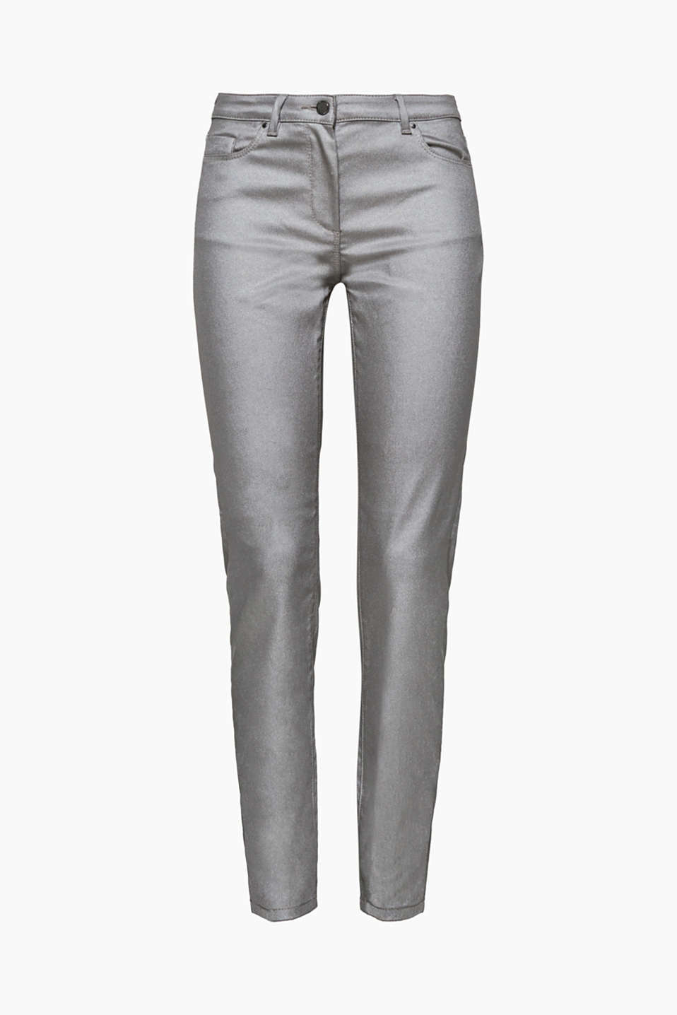 Hot: these fashion trousers in a five-pocket style stand out thanks to their skin-tight cut and silver-coloured coating!