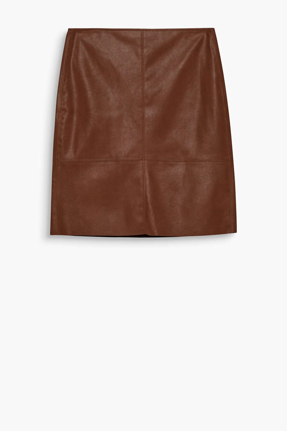 Looks like buffalo leather but is even softer and easier to care for: super stylish mini skirt with a back zip.