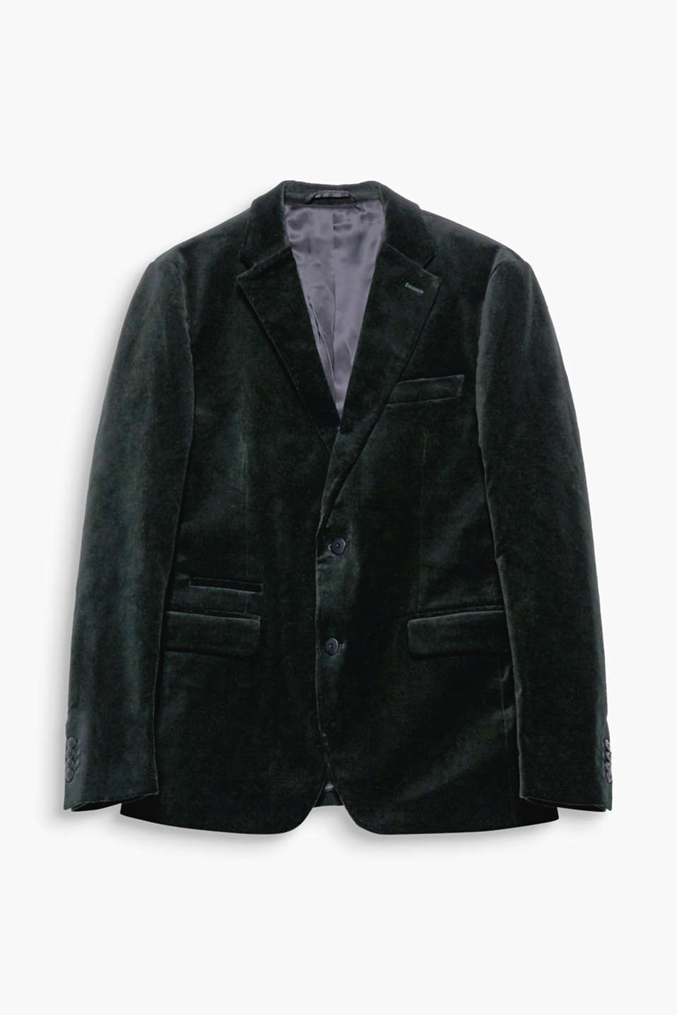 Suit up! This jackets is an effective head-turner because of its shimmering velvet.