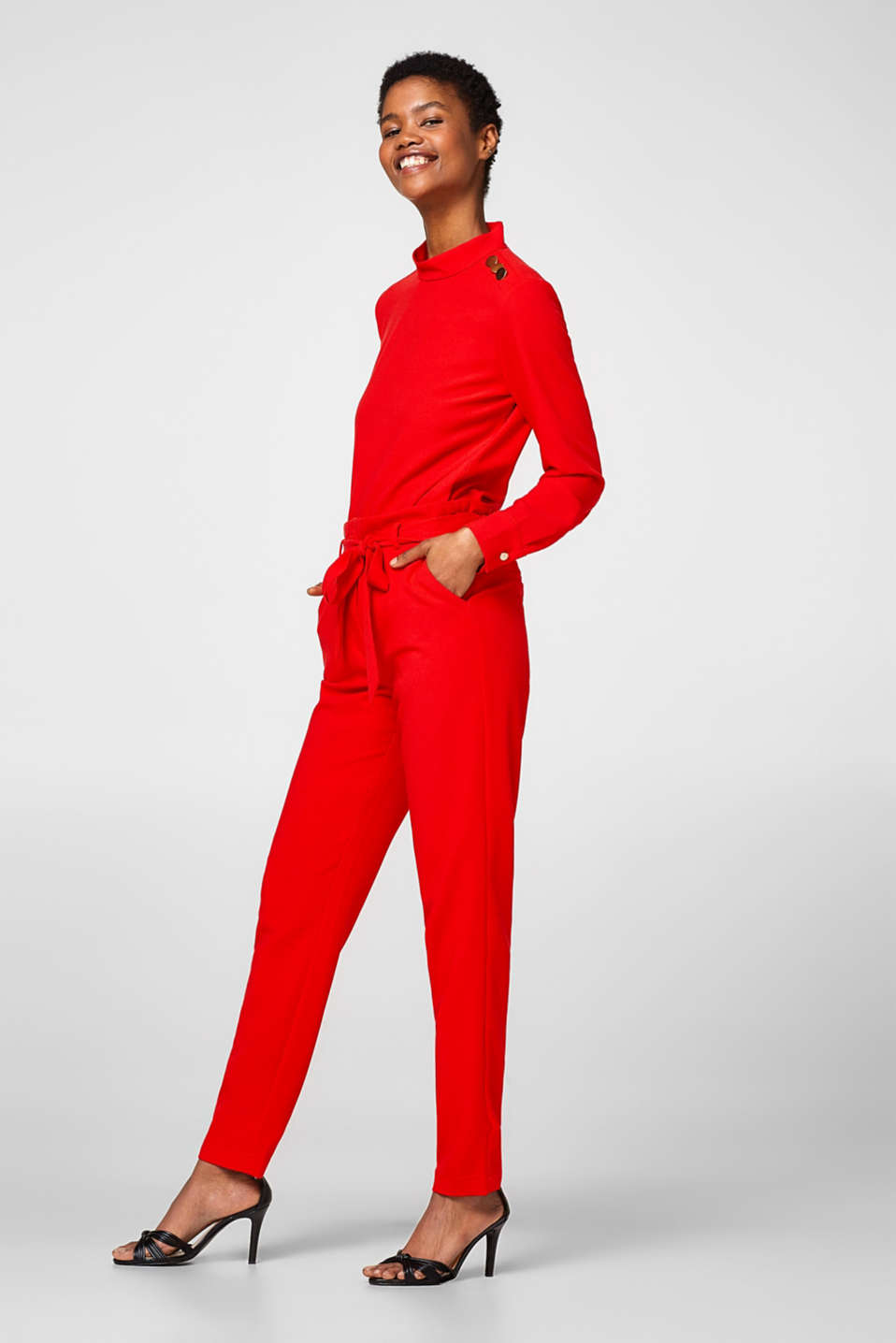 Cropped crêpe trousers in paper bag style