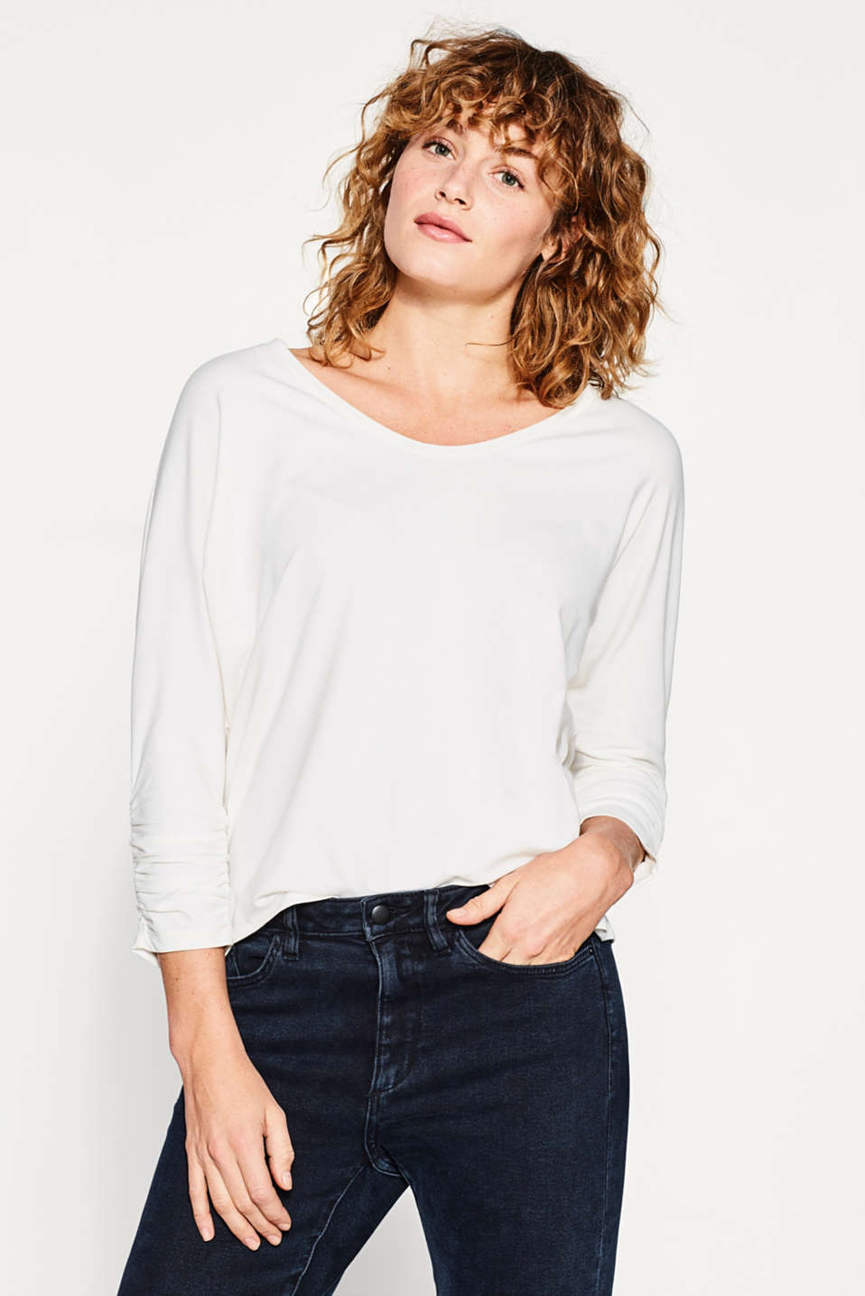 Esprit - Boxy tee with gathered batwing sleeves
