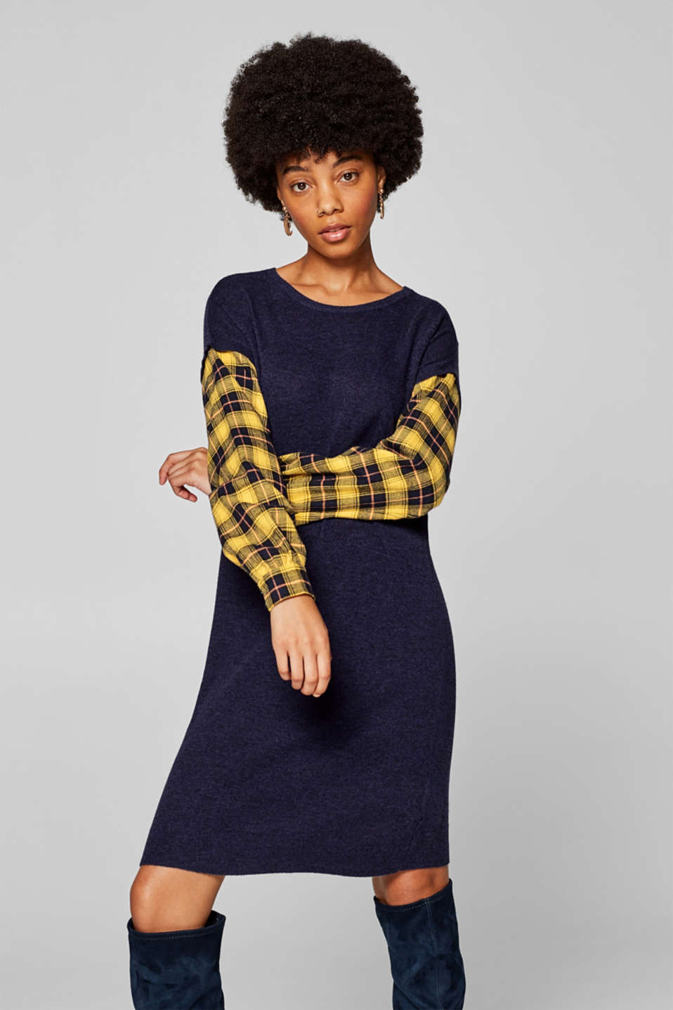 edc - Melange knitted dress with flannel sleeves