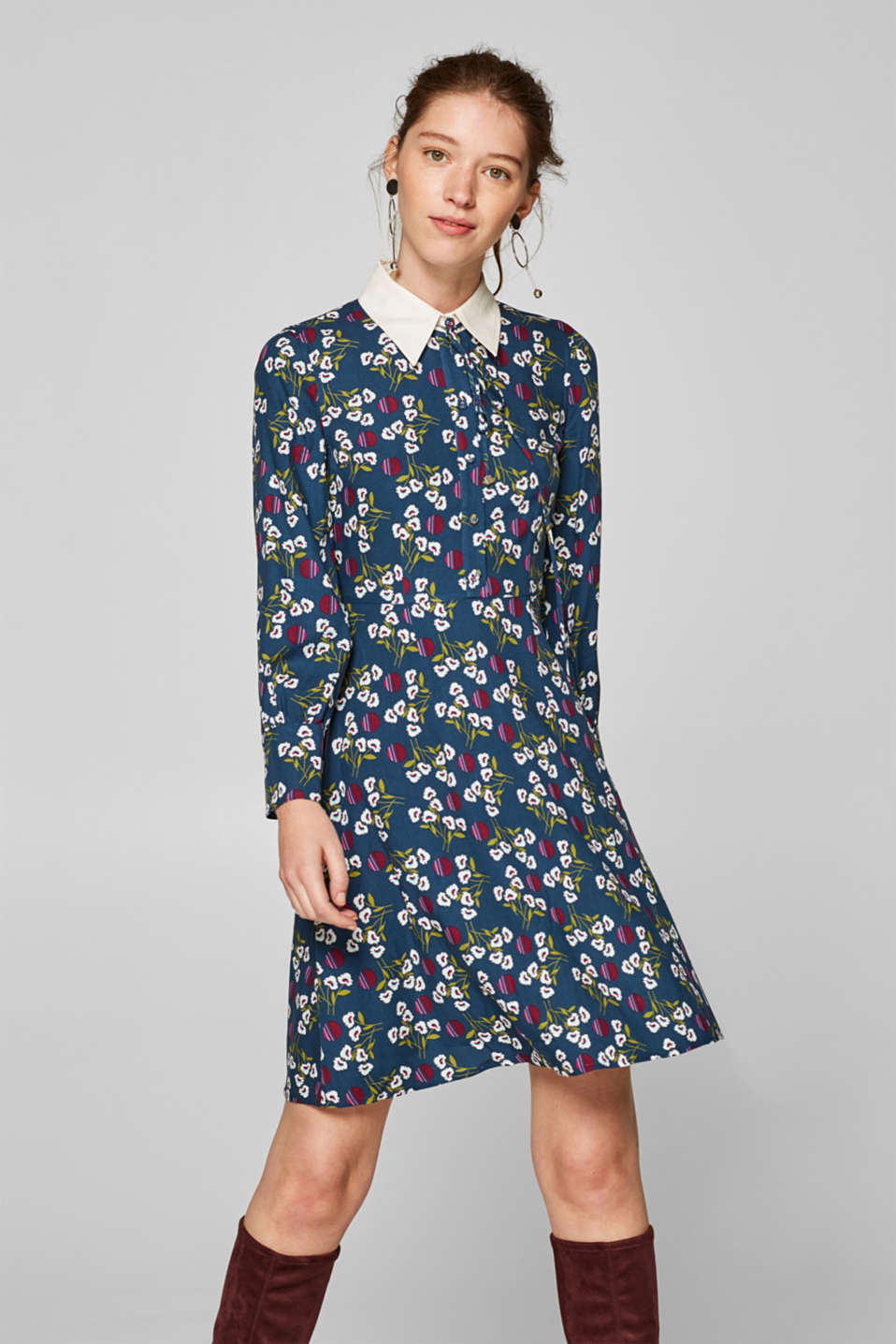 edc - Dress with a collar and printed pattern